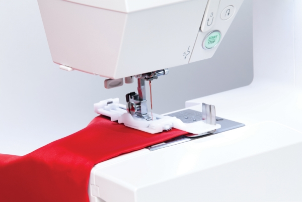 janome dc6030 sewing machine reviews